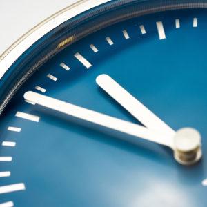 clock-946383_1920