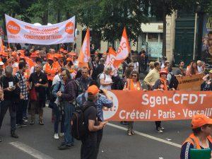 Le Sgen-CFDT dans la manifestation parisienne