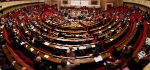 Vote de la Loi Rilhac en hémicycle