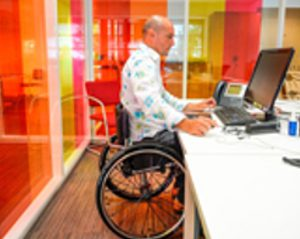 Travailleur_Handicape
