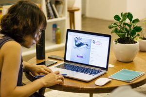 travail à domicile et télétravail : deux choses biens différentes