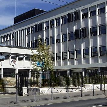 Lycee_Saint-Exupéry_Lyon_wikipedia